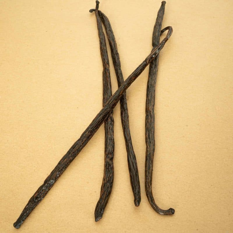 Grade B Madagascar Vanilla Beans 4 count